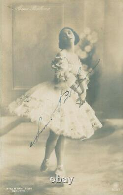 Anna Pavlova SIGNED AUTOGRAPHED Real Photographic Postcard Ballet